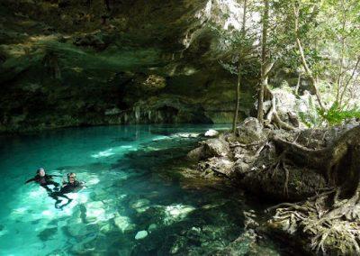 Snokeling in Cenotes Tulum